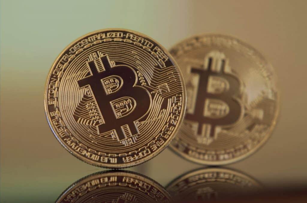 ビットコイン関連銘柄画像